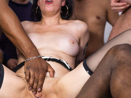 This mature slut is ready for an anal gangbang from loads of men