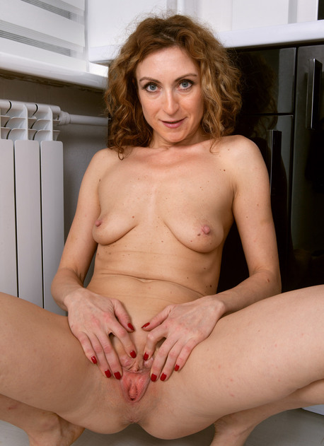 Sexy mature MILF from AllOver30 Julia North Slender Beauty